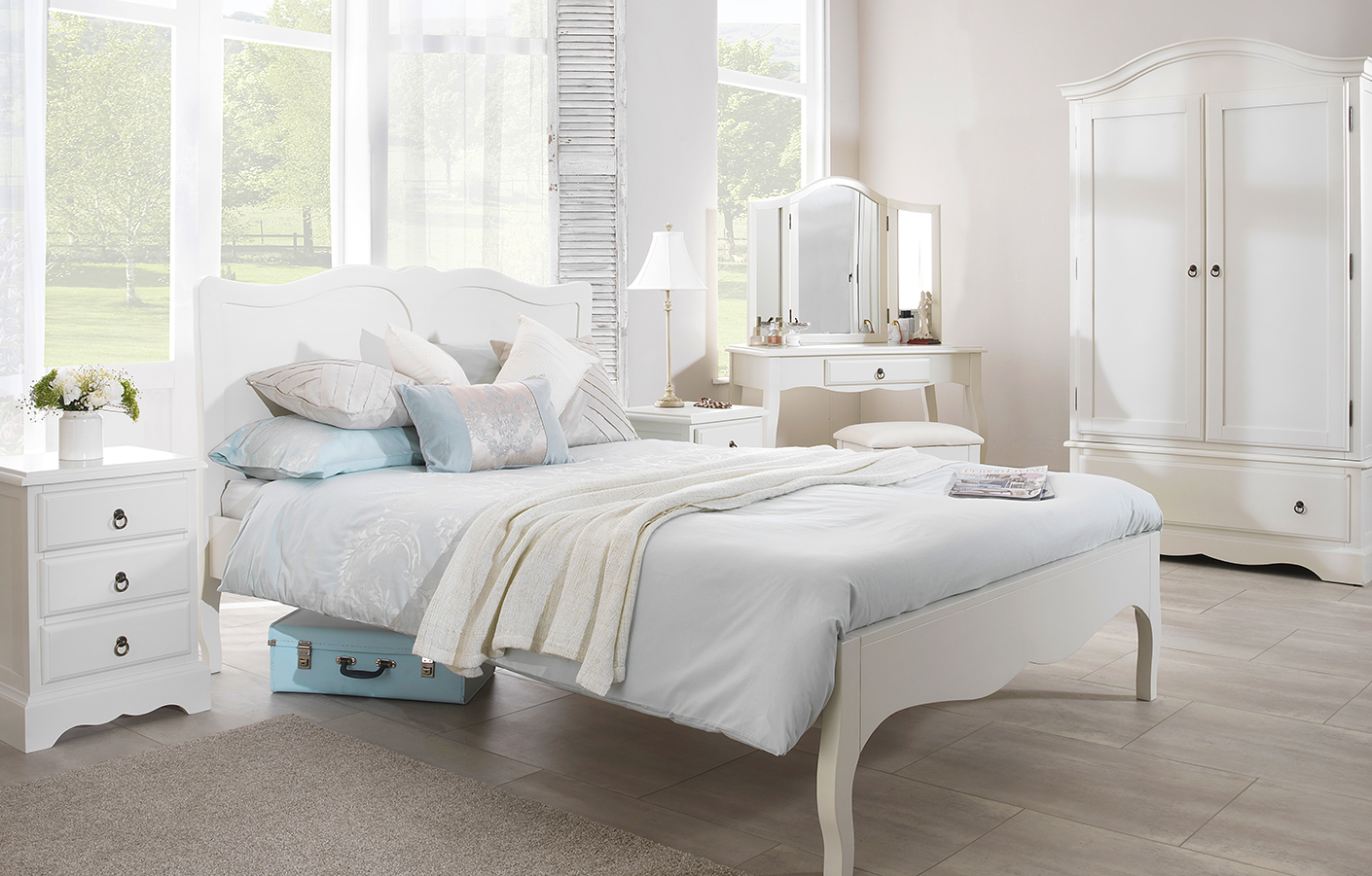Romance-bedroom-furniture610x390